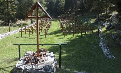 Il cimitero militare della Brigata Sassari, sul monte Zebio.