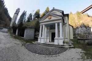 Il santuario della Madonna del Buso