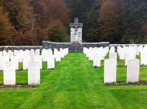 Il cimitero militare di località Granezza-Mazze