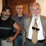 Mario Rigoni Stern con Mauro Corona e Alberto Peruffo (Oltre le vette, Belluno 2003).