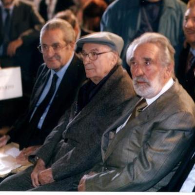 Mario Rigoni Stern con Andrea Zanzotto al Premio Masi (2001).