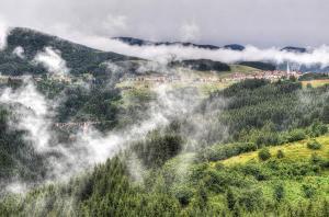 La Val d'Assa e il ponte di Roana (foto: Roberto Costa Ebech)